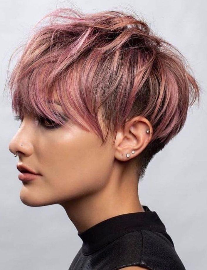 pixie despeinado rosado