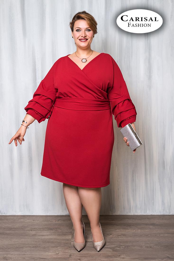 Vestido rojo con escote de pico