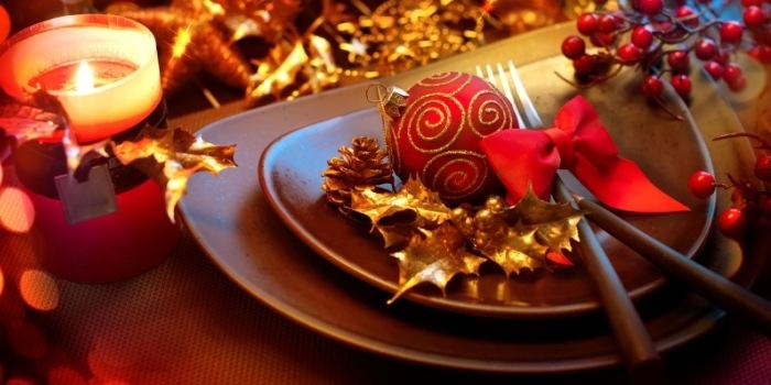 No engordar en Navidad ¡misión imposible! Platos decorados para mesa de Navidad
