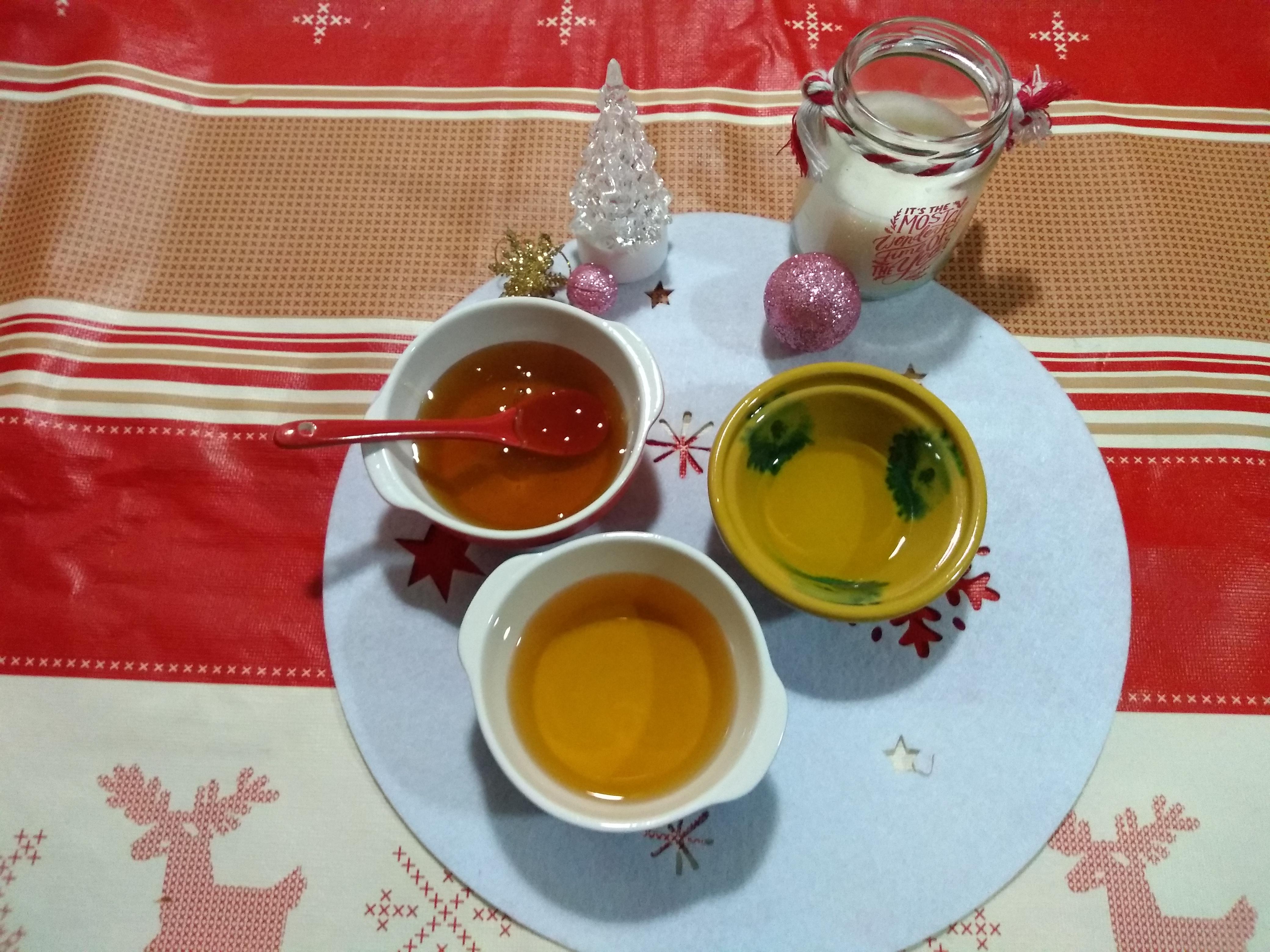 Miel, vino y aceite