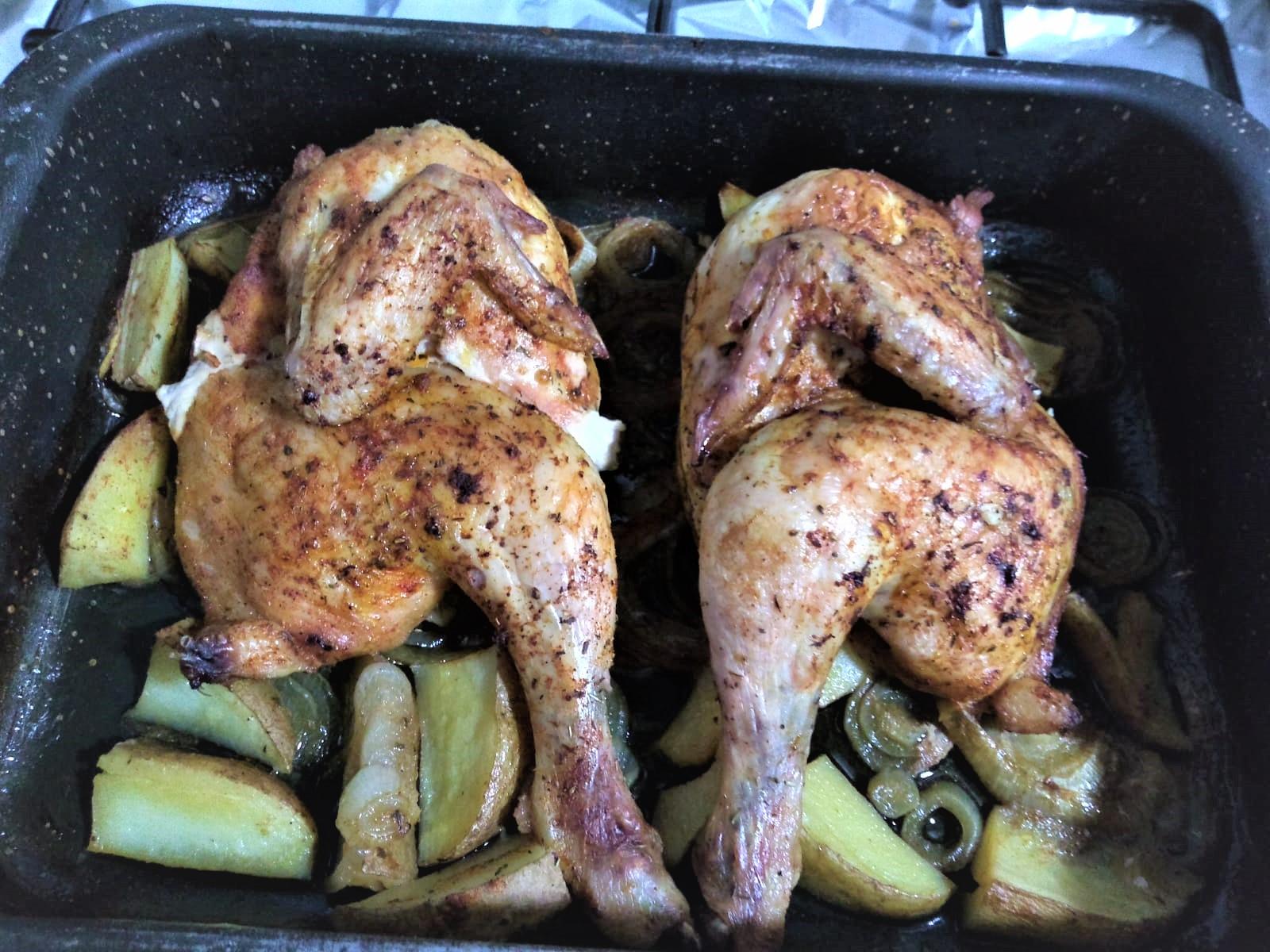 Pollo picantón entero asado