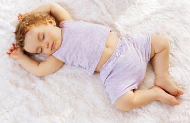 Bebé dormido. Dormir ¡la dieta de ensueño!