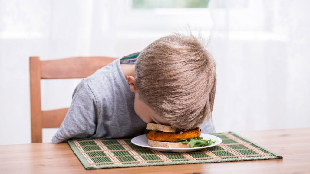 Fast food ¡la vía rápida para la enfermedad! fatiga y comida rápida