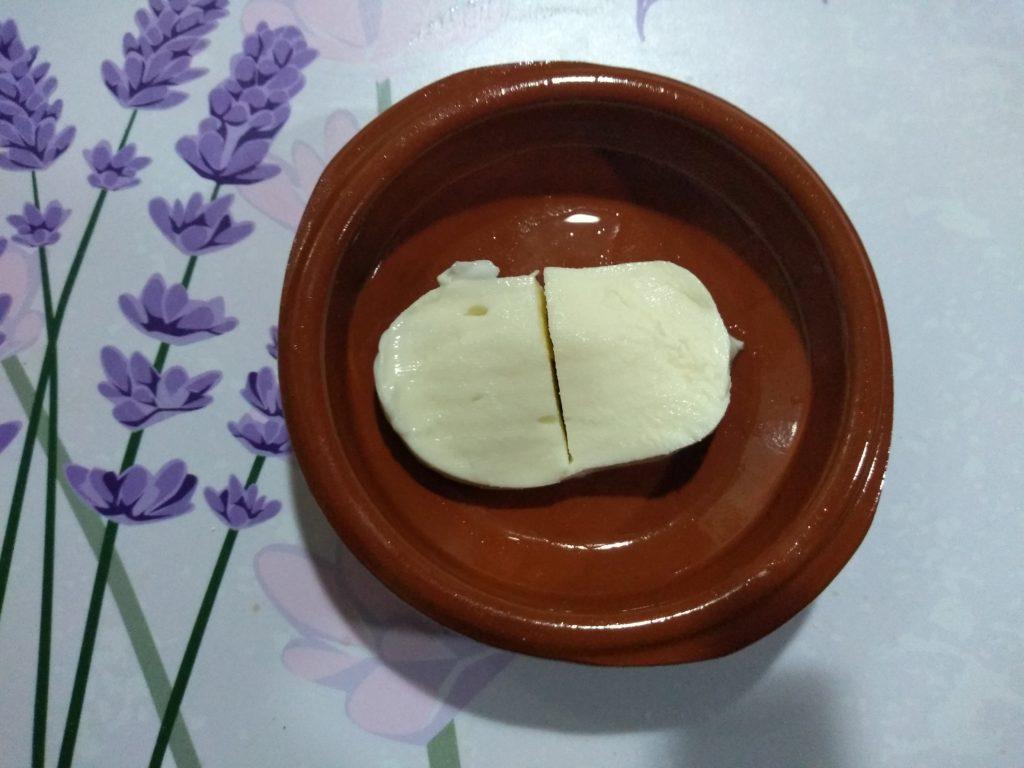 trozos de mozzarella